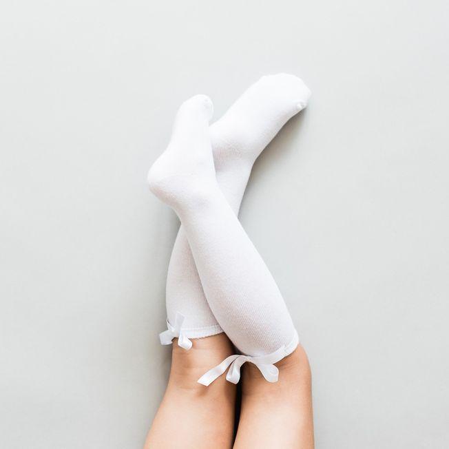 Biele podkolienky s bielou mašličkou